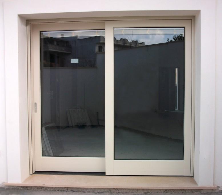 Emmeinfissi aperture speciali - Porta esterna in alluminio ...
